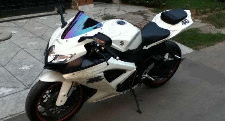 Used-Suzuki-GSX-R600-Bike-For-Sale-Price-in-Karachi-Lahore-Pakistan 2
